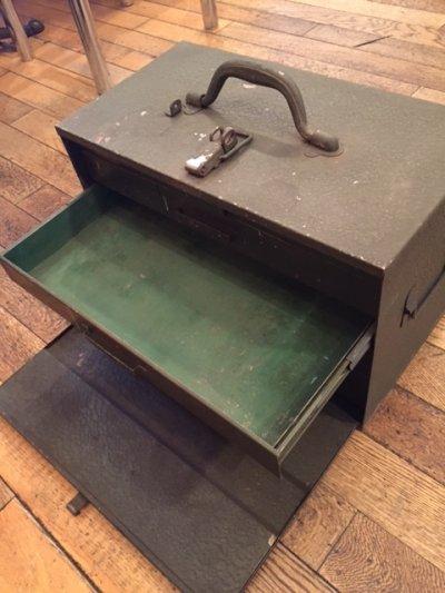 """画像1: """"Military"""" Vintage Tool Box"""