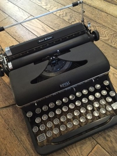 "画像1: ""ROYAL"" Vintage Typewriter"