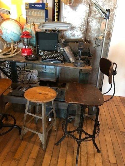 """画像1: """"Toredo"""" Drafting Chair"""