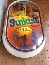 "画像3: ""SunKist"" LightUp Clock (3)"
