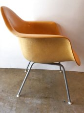 "画像3: ""Herman Miller"" Eames Arm Shell Chair (3)"