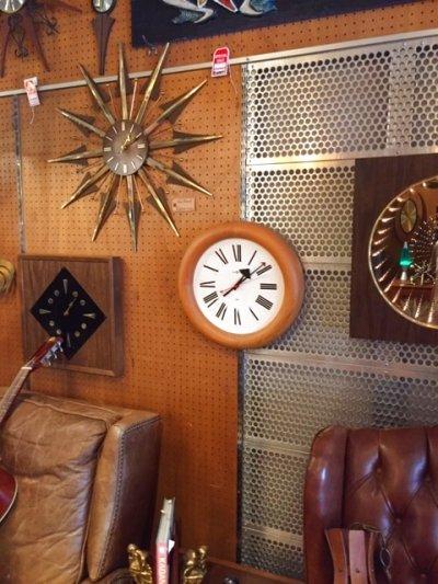 """画像3:  """"HOWARD MILLER"""" Wall Clock"""