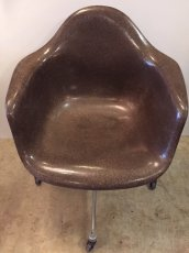 "画像2: ""Herman Miller"" Eames Arm Shell Chair (2)"