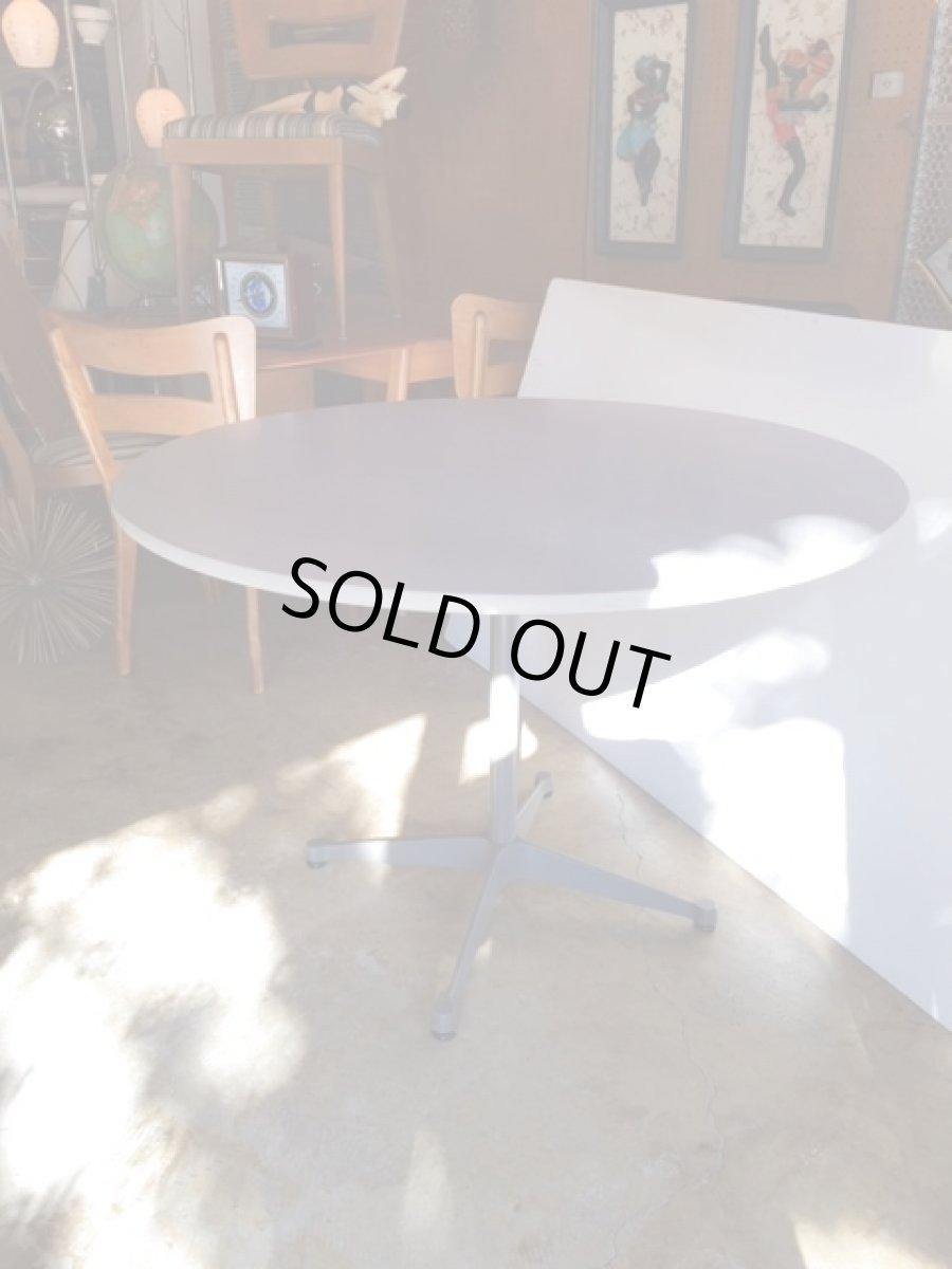 """画像1: """"Herman Miller"""" Contract Base Table (1)"""