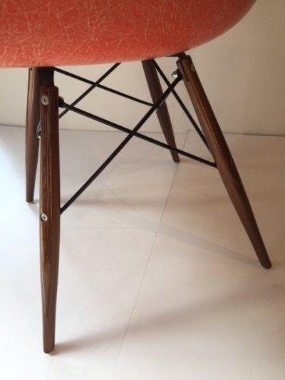 画像1:  Eames Armshell Chair