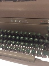 "画像3: ""ROYAL"" Vintage Typewriter (3)"