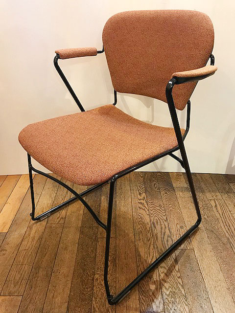 "【""Perry"" Stack Chair】"