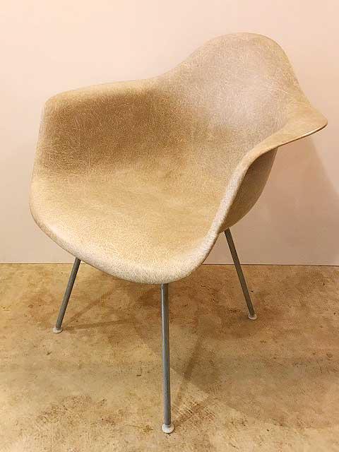 "【""Herman Miller"" Eames Arm Shell Chair】"