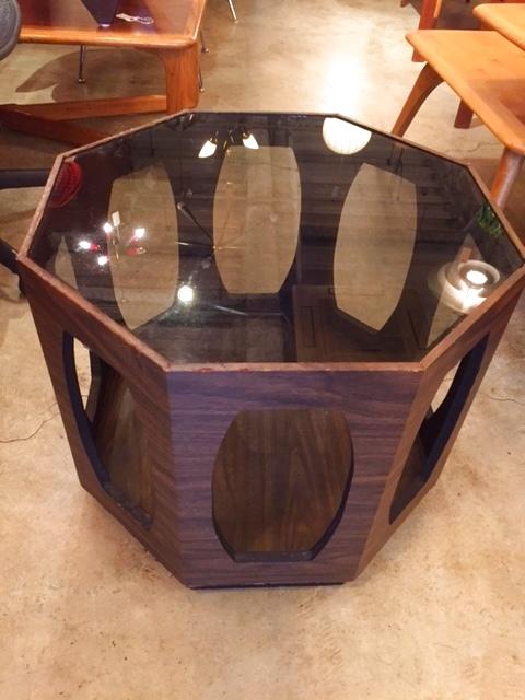 画像1:  Octagonally Grass Table (1)