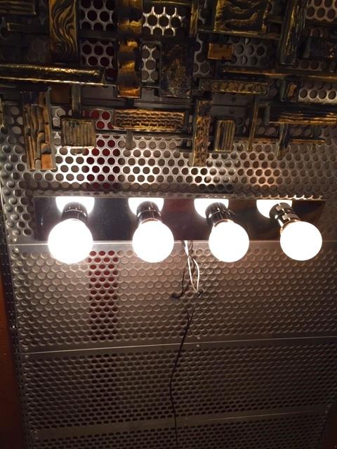 画像1: 4灯 Hollywood Mirror Wall Lamp (1)