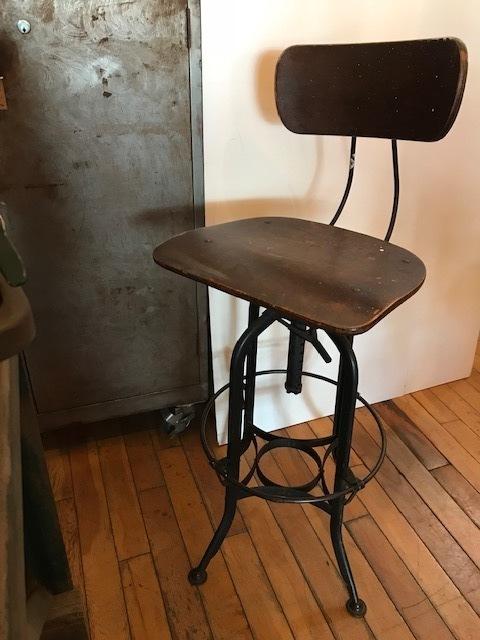 """画像1: """"Toredo"""" Drafting Chair (1)"""