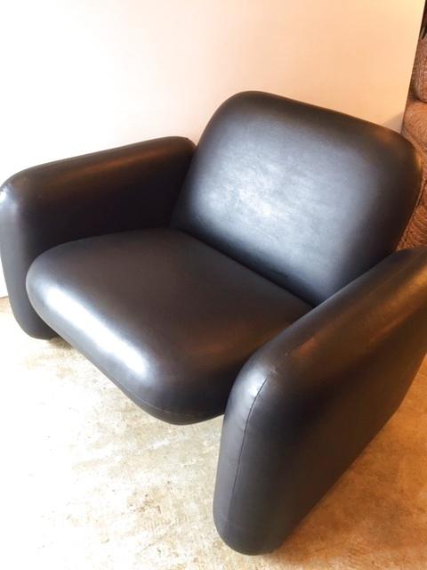 """画像1: """"Herman Miller"""" Chicklet Modular Seating Sofa (1)"""
