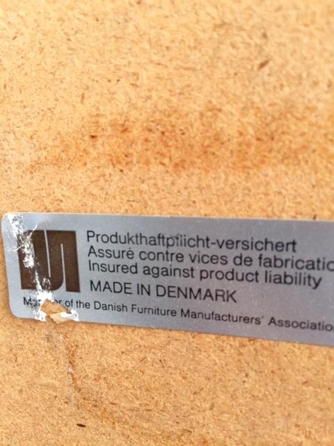 """画像1: """"Denmark"""" TileTop Table (1)"""