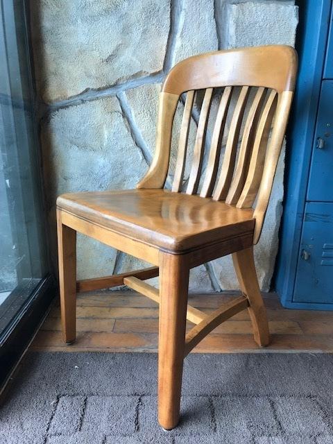 画像1: Vintage Wooden Chair (1)