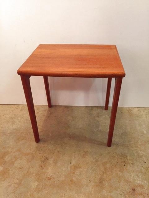 画像1:  Display  Side Table (1)