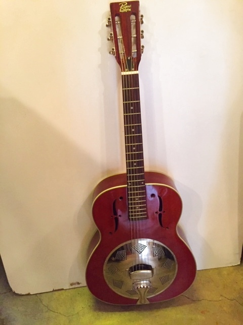 画像1: Vintage Guitar (1)