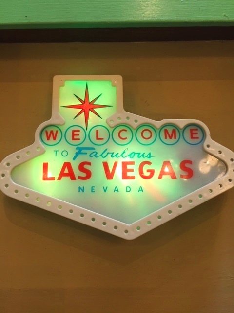 "画像1: ""LAS VEGAS""  Light Up Sign (1)"