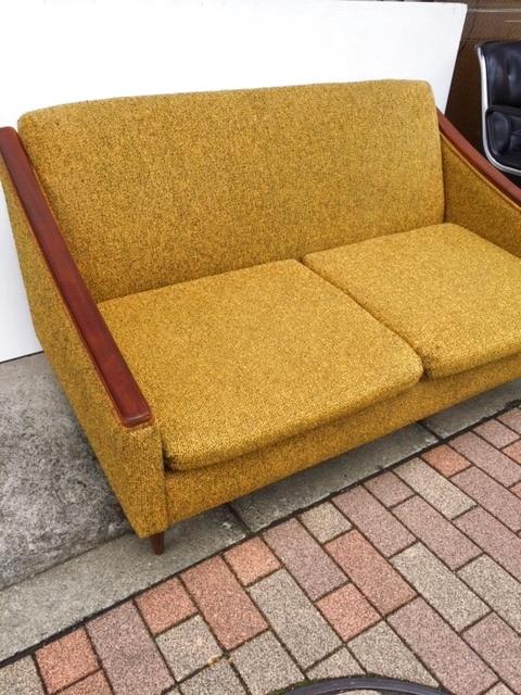 画像1: Vintage Modern Sofa (1)