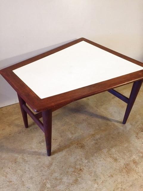 画像1: Triangle  Side Table  (1)